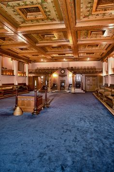 Wide view of Blue Lodge Room (Detroit)