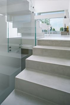 Wall/floor #tiles with concrete effect MICROTOPPING by IDEAL WORK #staircase @idealwork