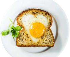 Toast for Valentine's Day morning/Aloita ystävänpäivä herkullisella leivällä, kananmunatoast