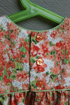 Made by Rae geranium dress Cotton Frocks For Kids, Kids Frocks, Little Kid Fashion, Cute Kids Fashion, Toddler Girl Dresses, Little Girl Dresses, Geranium Dress, Sewing Kids Clothes, Baby Sewing