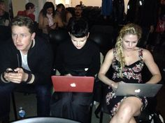 Josh, Ginny and Jen all live tweeting during the (EST) Season 3 premiere! Sept 29/13