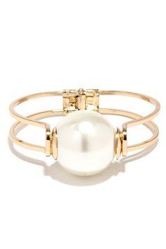 Pleasant Escape Gold and Pearl Bracelet  ?utm_source=pinterest&utm_medium=social&utm_campaign=swellmayde