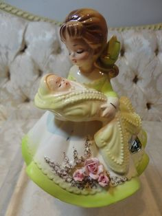 """Josef Originals Mother and Baby Music Box plays """"Brahm's Lullaby"""""""