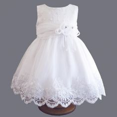 Christening dress in organza, tulle and Charlotte lace Little Girl Outfits, Little Dresses, Cute Dresses, Kids Outfits, Summer Dresses, Lace Christening Gowns, Baptism Dress, Baby Girl Dresses, Baby Dress