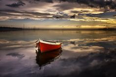 Alone and waiting by Carlos Bermúdez on 500px