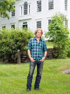 After several successful historic home restorations, Daryl Hall is set to take on yet another ambitious project. Check back in coming weeks to see the results. Back to Daryl's Restoration Over-Hall main page.