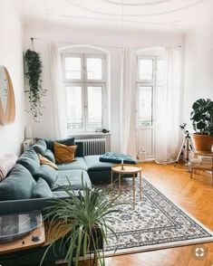 Home Interior Living Room .Home Interior Living Room Home Interior, Home Living Room, Interior Design Living Room, Living Room Designs, Design Bedroom, Interior Livingroom, Cozy Living Rooms, Living Room Ideas Old House, Carpet In Living Room