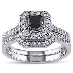 <li>Princess-cut black diamond and round diamond bridal ring set</li> <li>10-karat white gold jewelry</li> <li><a><a href='http://www.overstock.com/downloads/pdf/2010_RingSizing.pdf'><span class='links'>Click here for ring sizing guide</span></a></li>