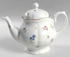 vintage johnson brothers TEAPORS | Johnson Brothers FLEURETTE Teapot