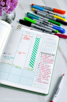 Love the way this gal uses her planner.