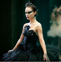 diy black swan halloween costume | black swan