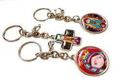 Denarios Llaveros Souvenirs Para Bautismos Comuniones - $ 270,00 en Mercado Libre Charmed, Personalized Items, Bracelets, Jewelry, Fashion, Fashion Accessories, Free Market, Chains, Bangle Bracelets