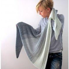 Isabell Kraemer Gryer Shawl Kit - By Designer - Kits Crochet Shawl Free, Knitted Shawls, Crochet Stitches, Knit Crochet, Ravelry Crochet, Shawl Patterns, Knitting Patterns, Crochet Patterns, Easy Knitting