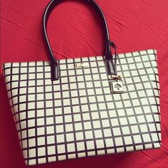Kate Spade Brightwater Jules Tote Brand new, never used!! Kate Spade Brightwater Jules Drive cream and black window pane tote. This bag is the perfect size and shape, zippered top, and classic colors that will go with almost anything. If you have any questions feel free to ask (: kate spade Bags Totes