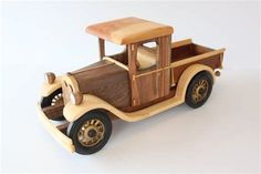 how to make wooden miniature car Pick Up, Wooden Toy Trucks, Wooden Car, Chevy, Model Auto, Toy Garage, Making Wooden Toys, Woodworking Jigs, Wood Toys