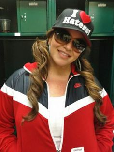 jenni rivera my idol, person who made me stronger. and independent asf.  i look up to her so much.