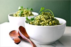 Arroz Verde (spinach and cilantro rice) Side Dish Recipes, Rice Recipes, Cooking Recipes, Healthy Recipes, Beans Recipes, Green Rice Recipe, Cilantro Rice, Cilantro Chicken, Spinach Rice