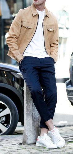 Embrace the Smart Casual Style Men's Chinos