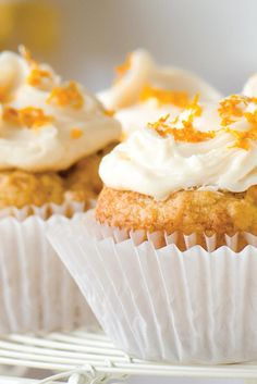 Tender cupcakes, flavored with orange juice and studded with diced clementine. Vegan Cupcakes, Vegan Cake, Vegan Desserts, Vegan Recipes, Flour Recipes, Vegan Sweets, Vegan Clementine Recipes, Free Recipes, Tiramisu Cupcakes