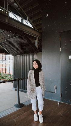 Modest Fashion Hijab, Modern Hijab Fashion, Street Hijab Fashion, Hijab Style, Casual Hijab Outfit, Hijab Fashion Inspiration, Ootd Hijab, Hijab Fashionista, Outfit Look