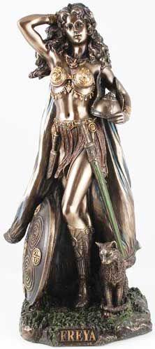 ✯ Freya Statue ✯