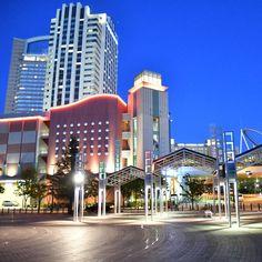 city walkの夜景  USJ向かいの建物、夜になると 明かりがともり一段と綺麗に。  #日本#大阪#旅行#USJ#夜景 #建物#綺麗#きれい#写真 #バイク#ツーリング #写真が好き#写真が好きな人とつながりたい #写真を撮るのが好きな人と繋がりたい  #Japan#osaka#USJ#view #trip#travel#lightup#nightview #photo#nikon#nikkor nikon_photography http://tipsrazzi.com/ipost/1508351133310307439/?code=BTuvV05hMxv