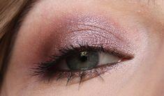 LOViconyx Eyeshadow & Contouring Palette Look
