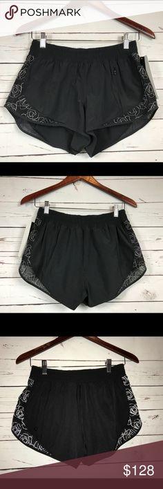 76947f5b04 Lululemon Lucent Shorts-Black/White, Size 8 Lululemon Lucent Shorts-Black/