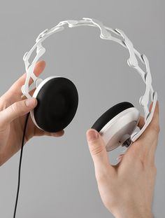 Axel Schindlbeck designs products, objects, spaces and stuff you dont need / design produit / design industriel / design humain Music Gadgets, Form Design, Design Reference, Industrial Design, Over Ear Headphones, Headset, Cool Designs, Objects, Cool Stuff