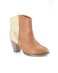 202c230d4836d9 Dress to be noticed wearing these cognac-color short Western boots
