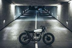 "1972 Honda ""Maggie May"" by Alex Burrows - Honda Cafe Racer Custom Motorcycles, Custom Bikes, Cb350 Cafe Racer, Cafe Racers, Cafe Bike, Street Tracker, Car Hacks, Honda Cb, Scrambler"