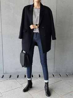 striped boatneck tee + high waisted skinny trousers + ankle boots | skirttheceiling #anklebootsoutfit