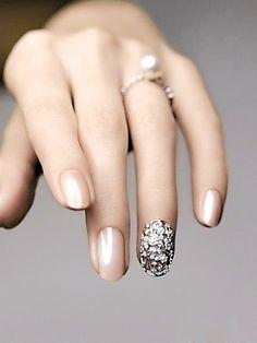 nude color uñas