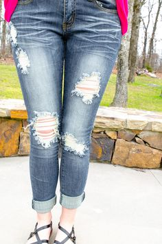 Machine Lightly Distressed Skinny Jeans Amber Wash Ripped Skinny Crops Spring Fashion Forever Fab Boutique OOTD Spring Trends Outfit Ideas #spring #fashion #shop