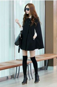 Black cape coat fashion