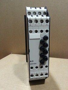 6ES5410-7AA11 Tarjeta de 8 salidas a transistor 2 Amp de la serie de PLC Siemens S5-110A.