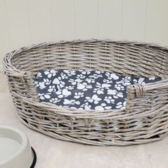Wicker Dog Bed Basket Oval Available in Small Medium Large XLarge TBS23674 in Pet Supplies, Dog Supplies, Beds | eBay