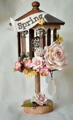 How gorgeous is this birdhouse!!!