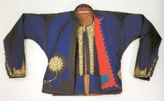 Ottoman vest in blue flannel with corded gold and silk embroidery and red lining