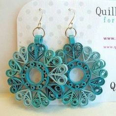 Paper Quilled Earrings Sophie in Ocean Teals di QuillyNilly Paper Quilling Earrings, Paper Quilling Patterns, Origami And Quilling, Quilling Tutorial, Quilling Paper Craft, Quilling Ideas, Paper Jewelry, Paper Beads, Jewelry Crafts