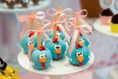 decoracao-festinha -infantil-Galinha-Pintadinha-Invento Festa14 Candy Colors, Cake Pops, Alice, Food And Drink, Birthday Parties, Christmas Ornaments, Holiday Decor, Party, Bolo Fake