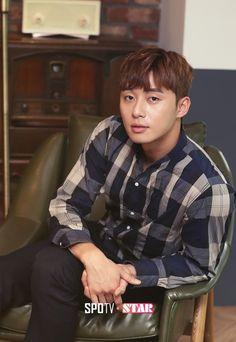 Korean Men, Korean Actors, Park Seo Joon, Lee Jong Suk, Actors & Actresses, Kdrama, Celebrities, Sagittarius, Boys