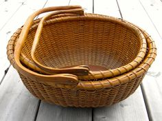 RARE Antique Set 2 Nesting Oval Swing Handle Nantucket Baskets...~♥~