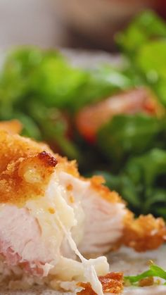 Easier method for Chicken Cordon Bleu Pollo Hasselback - Recipes for Kids Inspiration: make it keto-almond/coconut flour and pork grind grounds, use air fryer, cordon bleu style. Pollo Hasselback - My WordPress Website Outstanding Recipes are offered on o Tasty Videos, Food Videos, Mexican Food Recipes, Dinner Recipes, Dessert Recipes, Good Food, Yummy Food, Cooking Recipes, Healthy Recipes