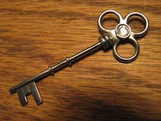how to make an antique key