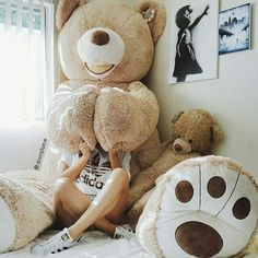 Gaint teddy bear