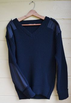 ON SALE Vintage Mens Sweater Pullover Military Sweater Uniform Sweater Navy Blue Sweater by Fechheimer Vintage Clothing, Vintage Men, Vintage Outfits, Men's Clothing, Navy Blue Sweater, Blue Sweaters, Vintage Military Uniforms, Sweater Fashion, Men Sweater