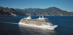 8 Most Popular Cruise Packing Tips. Wondering what to wear on a cruise? If you are looking for tips on how to go about availing of a cruise trip and what to pack for your cruise, read on Top Cruise, Cruise Travel, Cruise Vacation, Packing List For Cruise, Cruise Tips, Packing Lists, Repositioning Cruises, Family Friendly Cruises, Luxury Cruise Lines