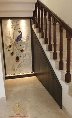 Home Tour: Usha and Pavan Kaipa's Home Designed by Inner Space - dress your home - best interior Interior Design Blogs, Luxury Interior, Staircase Wall Decor, Staircase Design, Farmhouse Living Room Furniture, Home Decor Furniture, Bedroom Furniture, Furniture Ideas, Entrance Decor