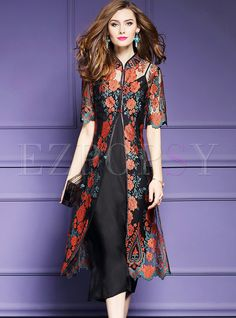 Shop Vintage Peony Embroidered Half Sleeve Maxi Dress With Underskirt at EZPOPSY. Frock Fashion, Batik Fashion, Fashion Dresses, Cardigan Fashion, Indian Designer Outfits, Indian Outfits, Designer Dresses, Kurta Designs, Blouse Designs